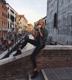 Karlie enjoying her Gelare in Venice, Italy