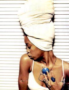 The beautiful Erykah Badu 🎙 ErykahBadu QueenBadu Soul Rnb Hiphop Erykah EricaAbiWright NeoSoul Baduizm MamasGun WorldwideUnderground NewAmerykah Queen IAmHiphop Neo Soul, Head Turban, Hip Hop, Otis Redding, Tumblr, Celebs, Celebrities, Headgear, Record Producer