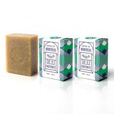 Choisissez un savon de qualité, 100% naturel avec le savon bio pour homme Fraternité de Le Baigneur : artisanal sans paraben ni OGM et fabriqué en France