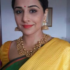 Vidya Balan wears Jhumkas and necklace from Jaipur Gems when she received Padmashri