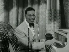 """Nat King COLE & His Trio  """" Little Girl """" !!!"""