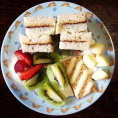 Easy Toddler Food Lunch - Nutella & Peanut Butter Sandwich, Fruit, Cheese and Sesame Snaps