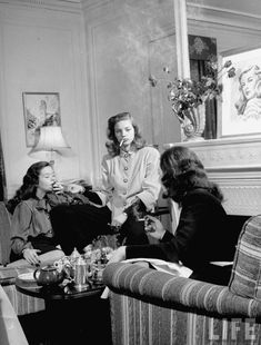 Lauren Bacall and girlfriends, 1940s.
