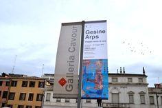 """Gesine Arps, nota artista tedesca, ci porta nel suo personale """"Viaggio verso la luce"""". Visitate con me la sua mostra presso la Galleria Cavour a Padova."""