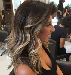 Are you looking for blonde balayage hair color For Fall and Summer? See our collection full of blonde balayage hair color For Fall and Summer and get inspired! Brown Balayage, Balayage Brunette, Hair Color Balayage, Brunette Hair, Hair Highlights, Bayalage, Summer Brunette, Brunette Color, Dark Hair Balyage