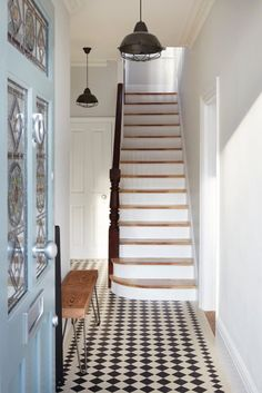 Smart ways to add value to your Victorian terraced house – Property Price Advice Terrace – Home Decoration Victorian Hallway, Victorian Terrace House, Victorian Homes, Cute Dorm Rooms, Cool Rooms, Tiled Hallway, Entry Hallway, Grey Hallway, Upstairs Hallway