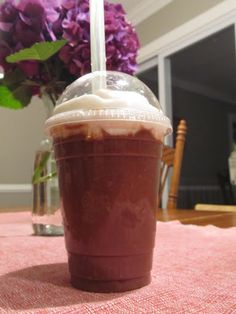 Mocha Frappo by @Stacy of Paleo Parents (use green tipped banana) #21DSD