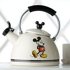 Mouse Kitchen - Mickey Mouse Waffle Maker, Mickey Mouse Toaster, Mickey Mouse Kitchen Accessories and more! Mickey Mouse House, Mickey Mouse Kitchen, Mickey Minnie Mouse, Disney Mickey, Casa Disney, Disney Rooms, Disney Kitchen Decor, Disney Home Decor, Disney Decorations