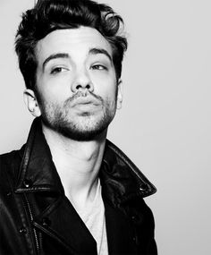 Mr. Baruchel, you're needed on set...
