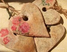 ♥ Its in Russian. possibly just salt dough with herbs and maybe brown flower? Diy Craft Projects, Diy And Crafts, Crafts For Kids, Arts And Crafts, Clay Projects, Craft Ideas, Biscuit, Native American Pottery, Salt Dough Ornaments