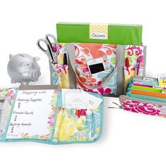 Organize your coupons with Thirty-One Keep-it-caddy, Fold-N-Go organizer, and coupon clutch