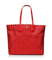 Kelsey Tote - Sizing to seize it!  L<3VE the RED!