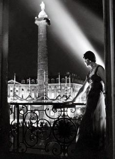 Place Vendome at Night, 40s: Robert Doisneau