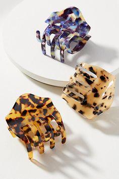 Slide View: 1: Scalloped Tortoise Hair Clip Set