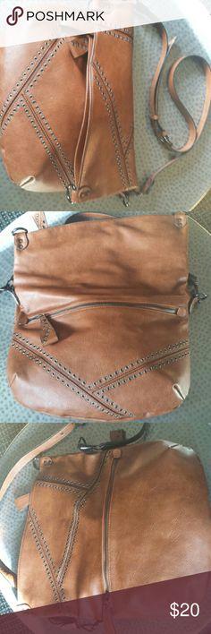 Crossbody purse EUC Gorgeous Cognac color Crossbody Purse Bags Crossbody Bags