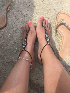 Joyería para pies Beach Wedding Decorations, Stuart Weitzman, Sandals, Heels, Fashion, Heel, Moda, Shoes Sandals, Fashion Styles