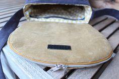 4 Freizeiten: Nähen: Taschenspieler-3-Sew-Along, Nr. 2 - die Zirkeltasche, Farbenmix, Handtasche, Umhängtasche, aus Feincord, mit Fach in der Taschenklappe