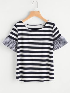 Shop Contrast Gingham Sleeve Striped Tee online. SheIn offers Contrast Gingham Sleeve Striped Tee & more to fit your fashionable needs.