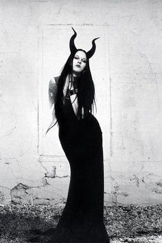 Women of Fantasy Steampunk, Dark Beauty, Gothic Beauty, Death Metal, Dark Fantasy, Fantasy Art, Cyberpunk, Female Demons, Evil Witch