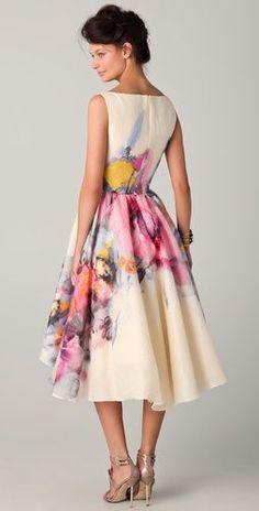 This Lela Rose dress is stunning! : This Lela Rose dress is stunning! Floral Fashion, Love Fashion, Fashion Dresses, Womens Fashion, Young Fashion, Pretty Outfits, Pretty Dresses, Beautiful Outfits, Dress Me Up
