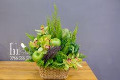 Habi flower, Habi studio, flower arrangement, birthday flower, Habi design, flower box, flower basket, vintage flower, flower and fruit