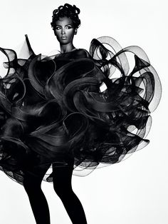 avant garde fashion | ... new exhibit Future Beauty: Avant-Garde Japanese Fashion