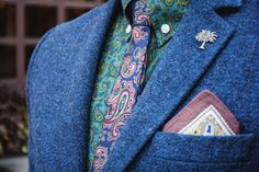 Men Look #men #menswear #street #fashion #style #smart #casual #lookbook #suit #tie #bowtie #shirt #classic #slim #flannel #denim #chambray #jeans #plaid #scarf #trousers #khaki #chino #tweed #wool #silk #shoes #boots #oxford #monks #derby #brogues #full #wingtip #semi #desert #loafer #tassel #gucci #horsebit #kiltie #venetian #belgian #penny #print #slipon #topsider #sweater #sweatshirt #sneakers #allstar #converse #jacket #coat #blazer #leather #hat #tshirt #paisley