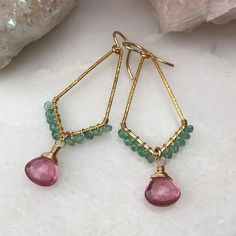 Hey, I found this really awesome Etsy listing at https://www.etsy.com/listing/579973626/natural-emerald-wrapped-14kt-gf-kite