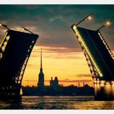 7 причин приехать в Санкт-Петербург летом
