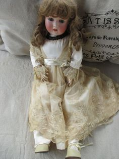 Darling Antique Schoenau Hoffmeister Doll