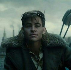 Chris Pine - Steve Trevor  Wonder Woman, dc