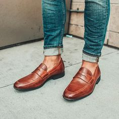 Penny loafers + denim = a modern take on the classics. @Trend Styled
