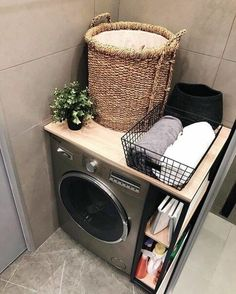 New Bathroom Ideas, Modern Bathroom Decor, Bathroom Design Small, Inspiration Wc, Bathroom Inspiration, Small Apartment Design, Minimalist Wallpaper, Room Goals, Diy Décoration