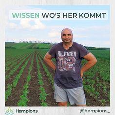 Hermann ist leidenschaftlicher Bio Bauer 👨🌾 Auf seinen Feldern im niederösterreichischen Weinviertel gedeihen die Hanfsamen, die wir für euch in unsere vitalen Geschmackserlebnisse verwandeln. Wir sind echt happy, mit Hermann zusammen arbeiten zu dürfen. Und umso schöner zu wissen, dass unser Anbau in so guten Händen ist 😄 Tours, Mens Tops, T Shirt, Hemp Seeds, Knowledge, Nice Asses, Supreme T Shirt, Tee Shirt, Tee