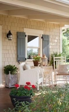 Outdoor Living New England Style | New England Home and Garden