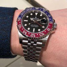 The new 2018 Rolex GMT-Master II in steel. Anybody who put themselves on waiting list to buy this piece? #DailyWatch #Rolex