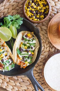BBQ Chicken Tacos Chicken Tacos, Bbq Chicken, Rotisserie Chicken, Chicken Recipes, Garlic Chicken, Mexican Food Recipes, Dinner Recipes, Mexican Cooking, Mexican Dishes