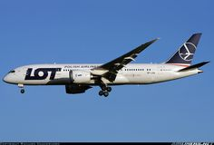 LOT - Polish Airlines / Polskie Linie Lotnicze SP-LRA Boeing 787-8 Dreamliner aircraft picture