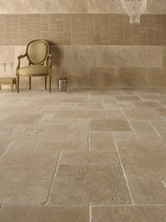ideas for kitchen tile floor travertine bathroom Travertine Bathroom, Travertine Floor Tile, Tiles, Tile Floor, Remodel, House Flooring, Flooring, Kitchen Tiles, Natural Stone Tile