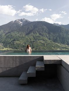 Italian architect Alfredo Vanotti designs house in the Alps as an «inhabited terrace Italy House, Northern Italy, Terrace, Swimming Pools, Interior Design, Gallery, Outdoor, Window Wall, Pine Cone