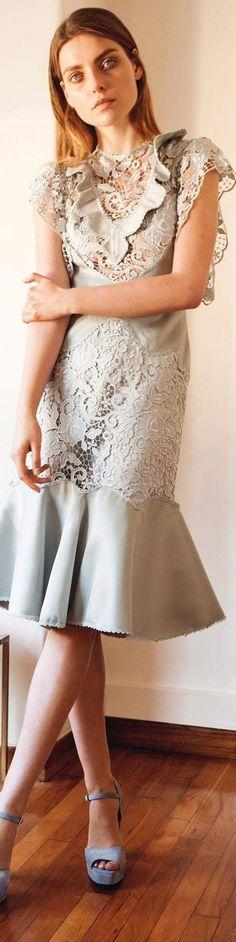 Fall 2016 Ready-to-Wear Christos Costarellos Fashion 2017, Couture Fashion, Love Fashion, Fashion Trends, Fashion Design For Kids, Kids Fashion, Womens Fashion, Resort Casual Wear, Christos Costarellos