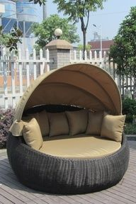 Gentil Outdoor Reading Chair...yes! Outdoor Daybed, Outdoor Fabric, Outdoor Pillow