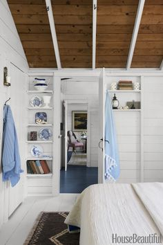 This charming Nantucket cottage is warding off our winter blues.
