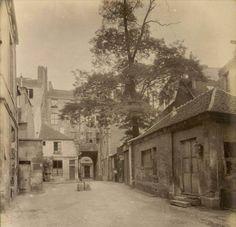 L'ancien couvent des Carmélites, rue Saint-Jacques 286 (Paris 5ème). Une photo d'Eugène Atget, vers 1910.