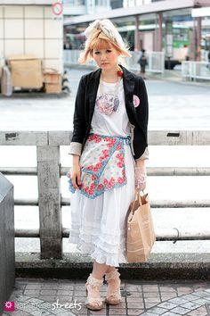 Street style shinjuku, Tokyo Harajuku Girls, Harajuku Fashion, Japan Fashion, Japanese Streets, Japanese Street Fashion, Neko, Tokyo Street Style, Asian Design, Character Outfits