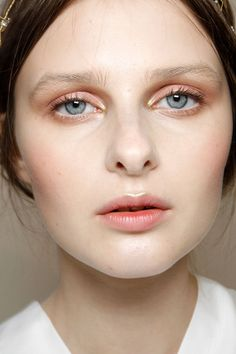 Clean and dewy with a touch of metallic