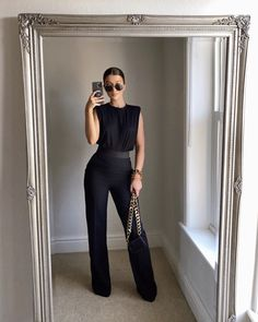 Office Fashion, Work Fashion, Fashion Outfits, Fashion Fall, Curvy Fashion, Fashion News, Fashion Trends, Business Casual Outfits, Classy Outfits
