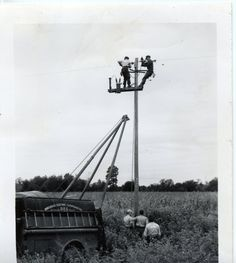old power lineman pictures Lineman Love, Power Lineman, Utility Truck, Utility Pole, Electrical Lineman, Phone Companies, Glass Insulators, Street Lamp, Old Pictures