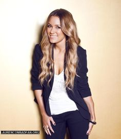 The most naturally beautiful woman on the planet... Lauren Conrad.