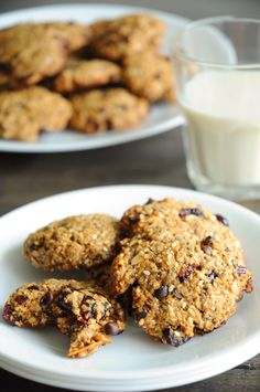#Healthy and Delicious Trail Mix Cookies - these are SO addictive! #vegan